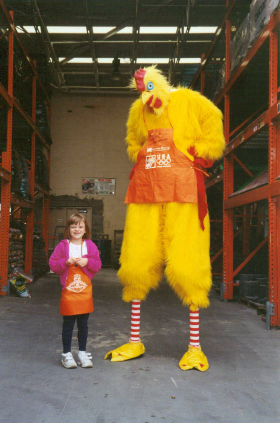 8FT.-CHICKEN-HOME-DEPOT-12.jpg