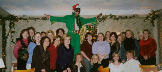 8FT.-ELVIS-GREEN-X-MAS-scanner-35mm-pics-10.jpg